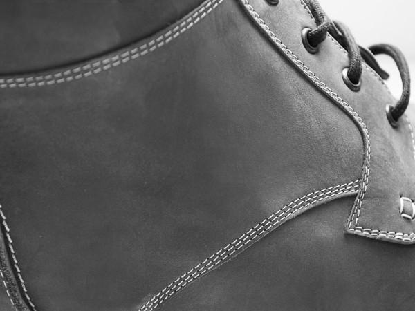 Detail orthopedische veterschoen