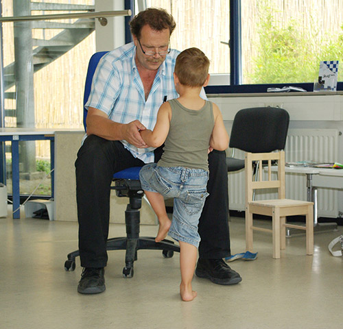 Kinderorthopedie Behandelaar en kind